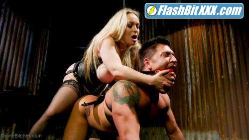 Aiden Starr, Dominic Pacifico - Divine Bitch Aiden Starr dominates beefcake male top [SD 540p]