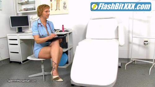 Reba - Reba Cock sucking at sperm clinic with lady doctor Reba [HD 720p]