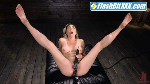 Lily LaBeau - Lily LaBeau is Power Fucked with the Machines [SD 540p]