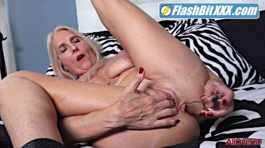 Chery Leigh - Ladies With Toys [FullHD 1080p]