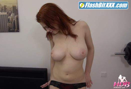 Sophia Traxler - Busty 18 Years Old Teen Seduced [FullHD 1080p]