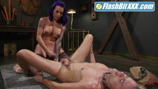 Sherman Maus, TS Foxxy - Maus Trap: TS Foxxy Rewards Her Loyal Servant, Sherman Maus [HD 720p]