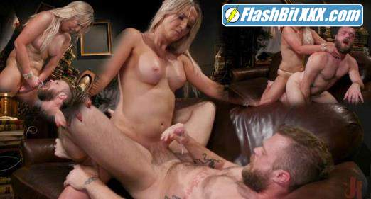 Kayleigh Coxx, Mike Panic - Time To Play: Kayleigh Coxx Brings Mike Panic to Life For Kinky Fun [HD 720p]