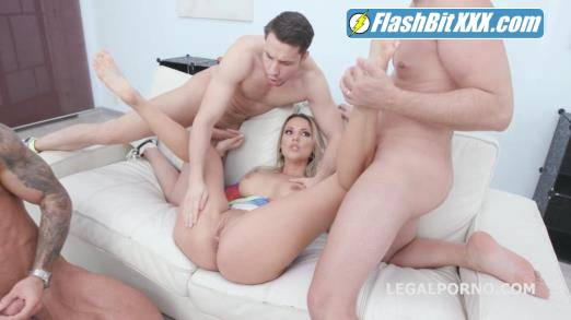 Jolee Love, Angelo Godshack, Tomas, Michael Fly, Oliver Trunk - Naked Barefoot, Jolee Love 4on1 Balls Deep Anal, DAP, Gapes, Anal Fisting and Swallow GIO1345 [HD 720p]