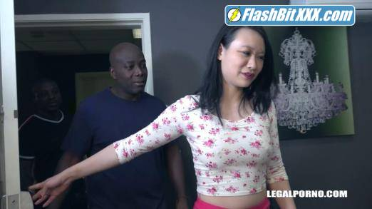 Zoe Lark, Joachim Kessef, Mr. Mysterious - Zoe Lark goes black IV464 [HD 720p]