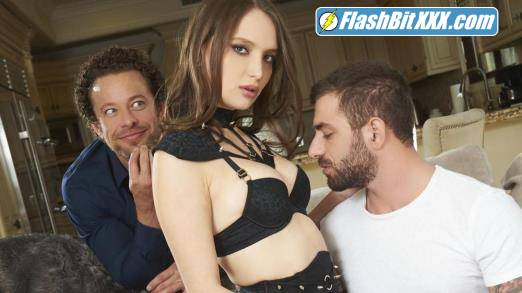 Izzy Lush - Hotwifing Sex Tribe 1 [SD 558p]